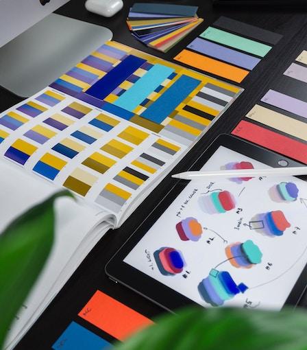 Nien design is specialist in het ontwikkelen van huisstijlen